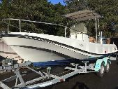 BOSTON WHALER OUTRAGE 21 OPEN